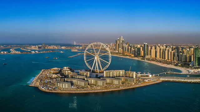 У Дубаї закінчується будівництво найбільшого у світі атракціону: фотофакт - фото 422060