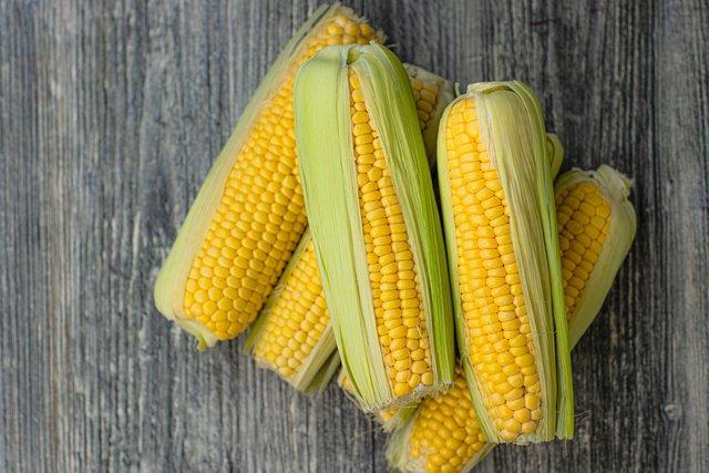 Консервована кукурудза на зиму: рецепти приготування в домашніх умовах - фото 422259