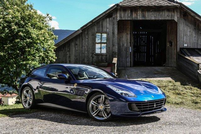 Ferrari припинить виробництво популярних моделей: чим їх замінять - фото 423200