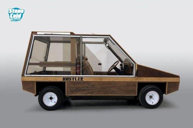 На торги виставлять рідкісний дерев'яний автомобіль від дизайнера Aston Martin - фото 423385