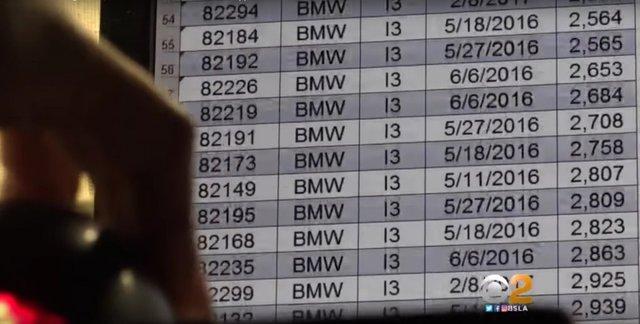 У США продають поліцейські BMW i3 за пів ціни: що з ними не так? - фото 423563
