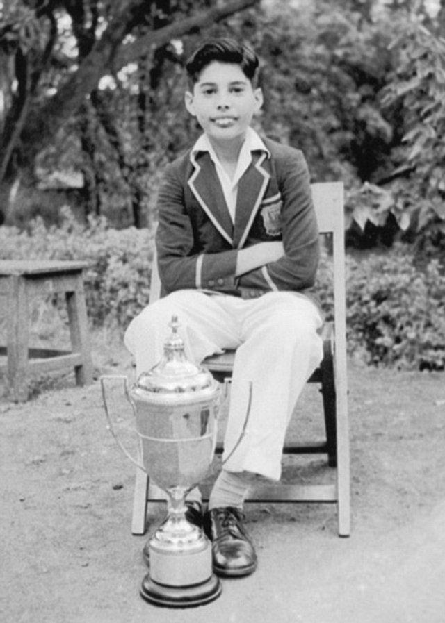 День народження Фредді Мерк'юрі: рідкісні кадри з життя легендарного музиканта - фото 423959
