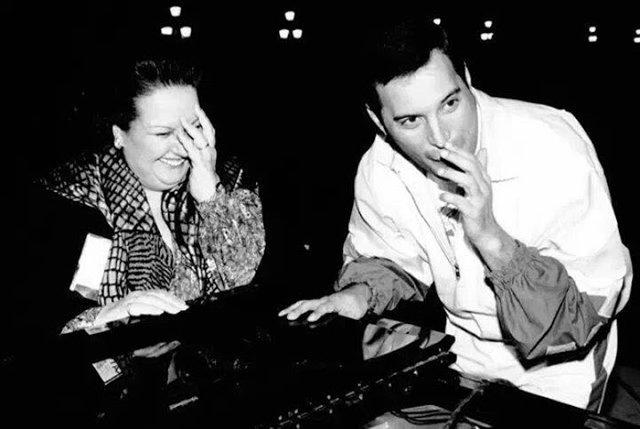 День народження Фредді Мерк'юрі: рідкісні кадри з життя легендарного музиканта - фото 423962