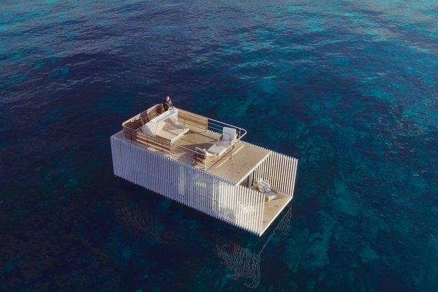 В Іспанії з'явився незвичайний готель на один номер: він плаває посеред моря - фото 424013
