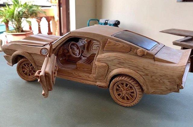 Як виглядає точна копія Ford Mustang 1967 року з дерева - фото 424180