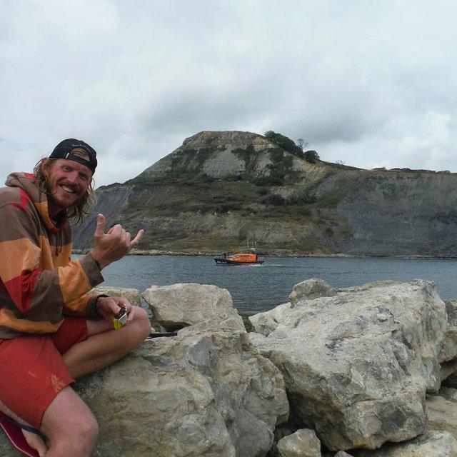 Британець проплив 160 кілометрів по океану, аби назбирати гроші на прибирання пляжів - фото 424413