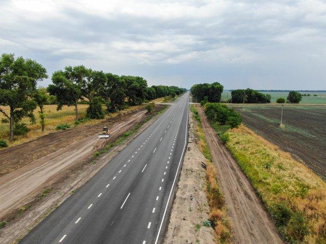 У мережі показали знімки нової ідеальної траси Київ – Суми - фото 424532