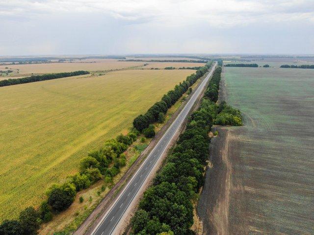 У мережі показали знімки нової ідеальної траси Київ – Суми - фото 424534