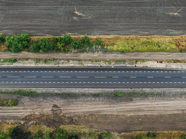 У мережі показали знімки нової ідеальної траси Київ – Суми - фото 424535