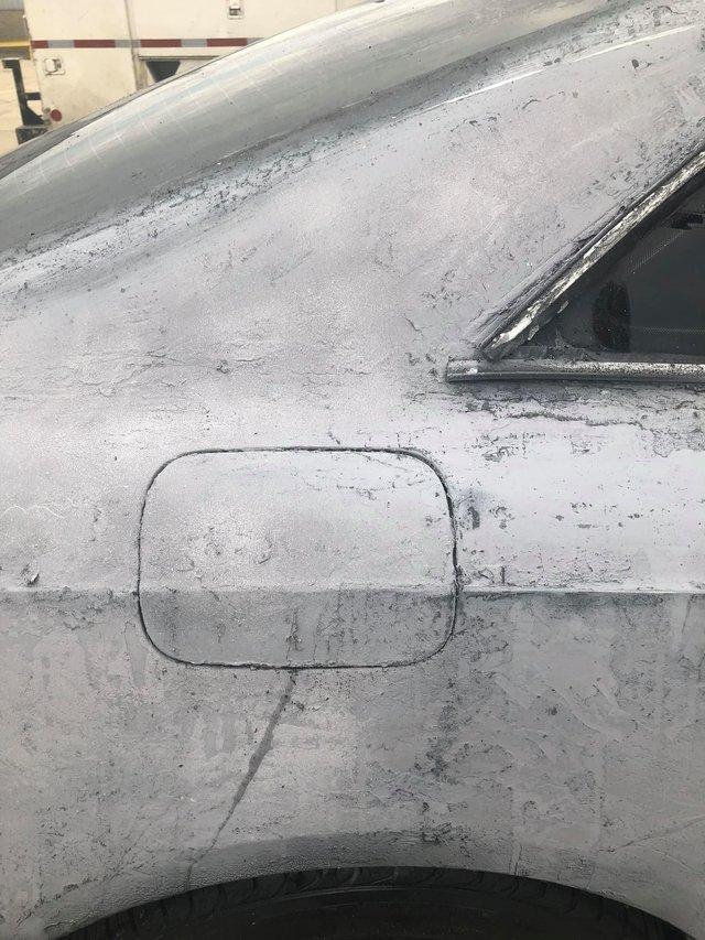 Власник Audi зіпсував свою машину у спробі поміняти колір кузова: епічні фото - фото 424608