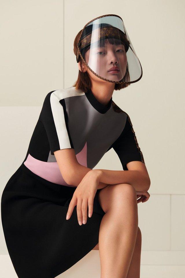 За ціною топового iPhone: Louis Vuitton випустив дизайнерські захисні екрани - фото 424662