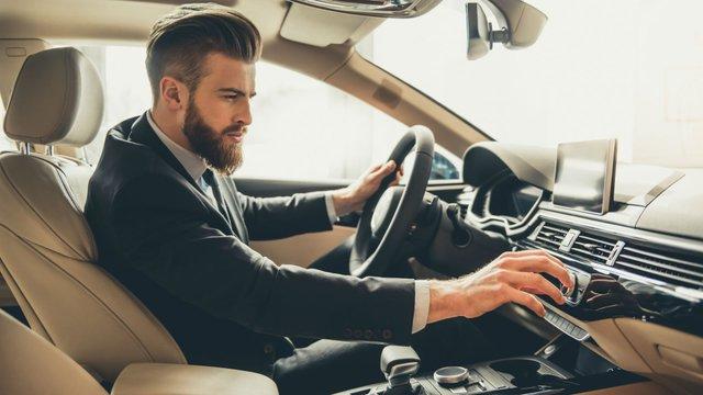 Запах нового автомобіля може зникнути - фото 425207