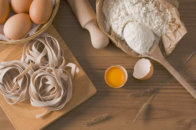 5 шкідливих міфів про їжу, які ускладнюють нам життя - фото 425814