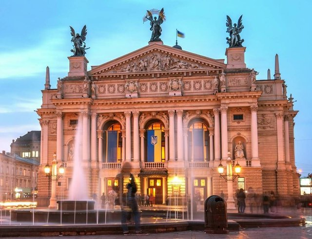Львівська опера   - фото 426321