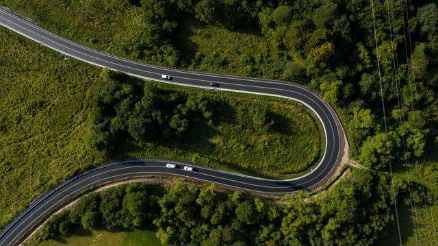 У мережі з'явилися вражаючі фото відремонтованої траси до Синевиру - фото 426506