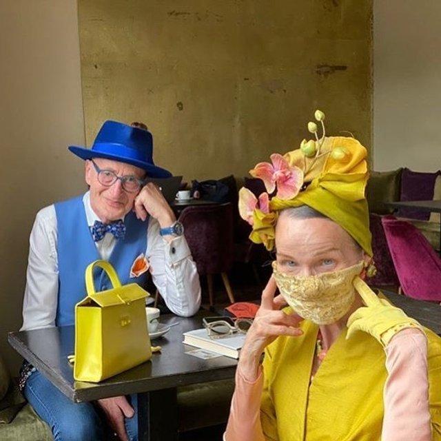 Активна пара пенсіонерів захоплює мережу своїми стилем життя та модними образами - фото 426559