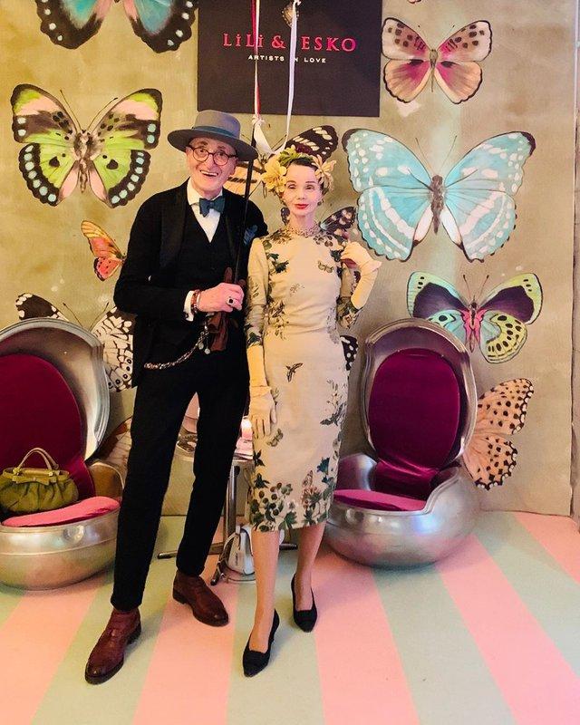 Активна пара пенсіонерів захоплює мережу своїми стилем життя та модними образами - фото 426561