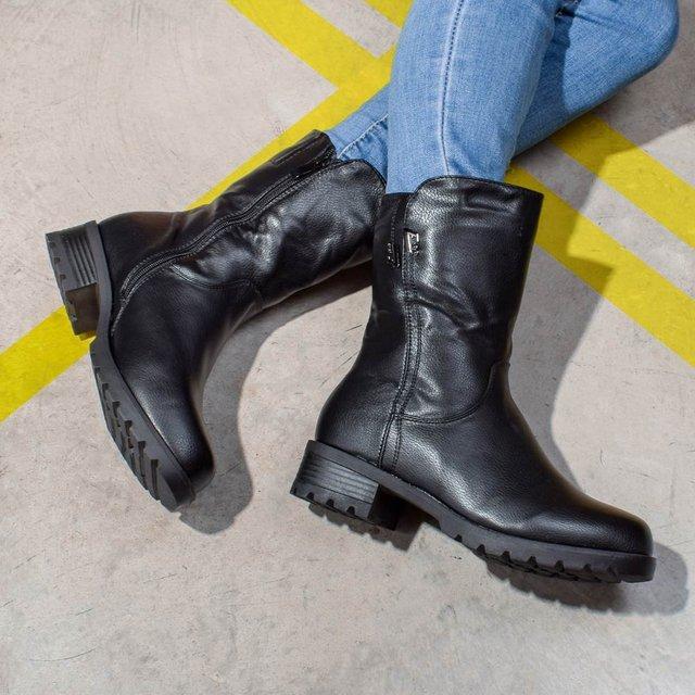 Зручно і гарно: яке взуття обирати цієї осені - фото 426581