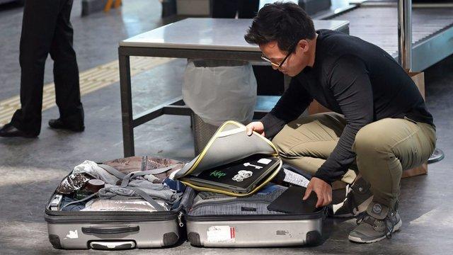 Названий спосіб, як запобігти пошкодженню багажу в аеропорту - фото 426653