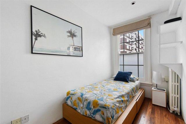 У Лондоні продають будинок шириною лише 1,8 метра: фото помешкання зсередини - фото 426929