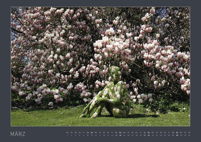 Знайди голих дівчат на фото: пікантні оптичні ілюзії (18+) - фото 427056