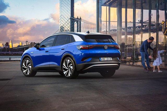 Представлений Volkswagen ID.4: він здатний проїхати 520 кілометрів на одному заряді - фото 427266
