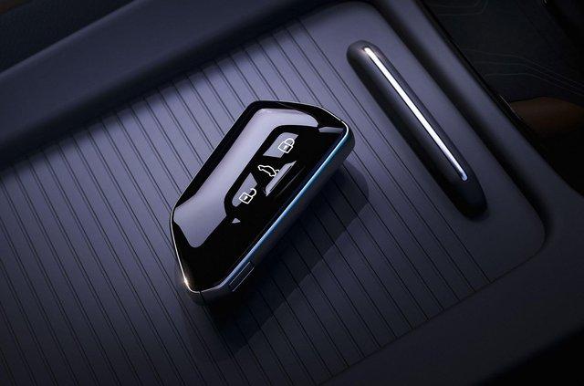 Представлений Volkswagen ID.4: він здатний проїхати 520 кілометрів на одному заряді - фото 427272