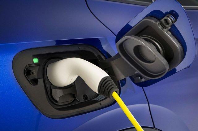 Представлений Volkswagen ID.4: він здатний проїхати 520 кілометрів на одному заряді - фото 427275