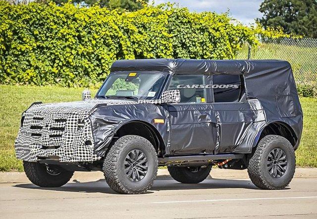 Новий Ford Bronco Raptor показали в камуфляжі - фото 427402