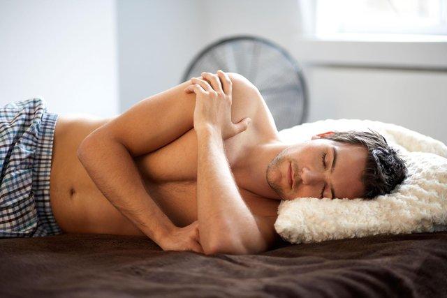 Учені назвали простий метод, який дозволяє побороти безсоння - фото 427903
