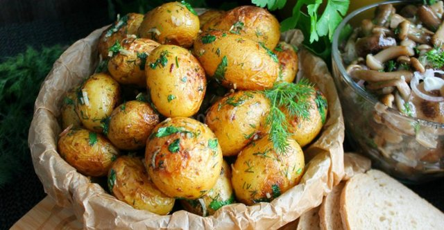 Шість способів отримати максимум користі зі споживання картоплі - фото 428088