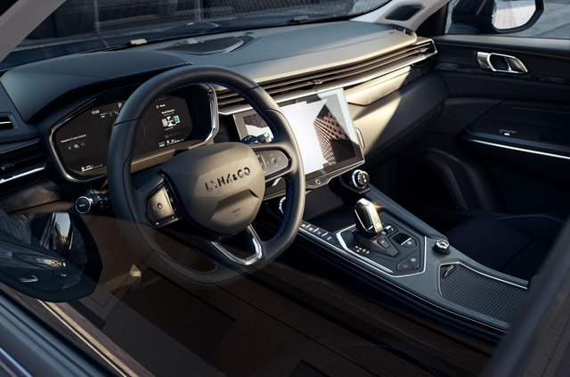 Китайський бренд Lynk & Co запустив сервіс з підписки на автомобілі в Європі - фото 428157