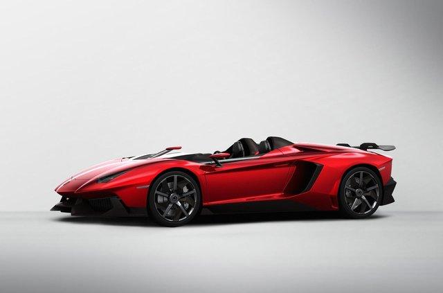 Lamborghini вивела на тести найекстремальнішу версію Aventador - фото 428463