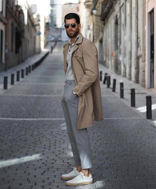 Як і з чим стильно носити чоловічий тренч: 10 модних ідей у фото - фото 428657
