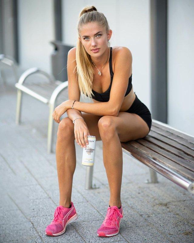 Дівчина тижня: спокуслива Аліса Шмідт, яка є найсексуальнішою спортсменкою планети (18+) - фото 428671