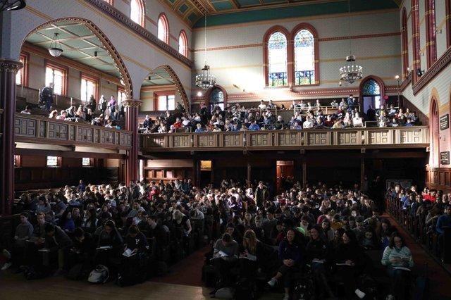 Єльський університет виклав у вільний доступ свій найпопулярніший онлайн-курс - фото 429044