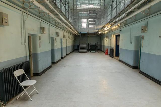Британії туристам пропонують стати в'язнями на ніч - фото 429060