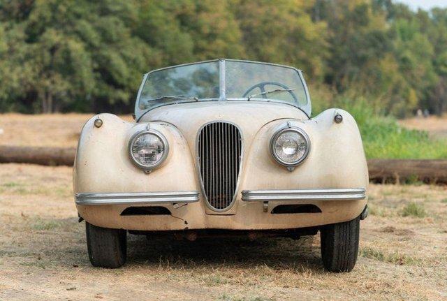В амбарі виявили 66-річний родстер Jaguar з багатою історією: фото - фото 429116