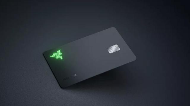 Razer випустила кредитну карту, яка спалахує при оплаті - фото 429524