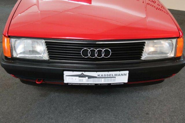 Audi 100 з пробігом 7 тисяч км виставили на продаж за Logan - фото 429881