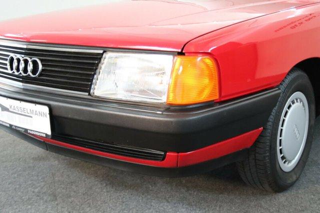 Audi 100 з пробігом 7 тисяч км виставили на продаж за Logan - фото 429884