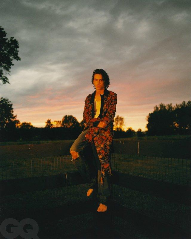 Тімоті Шаламе знявся у стильній фотосесії для чоловічого журналу GQ - фото 430467