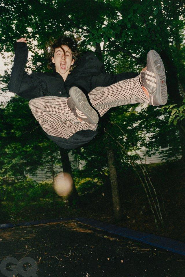 Тімоті Шаламе знявся у стильній фотосесії для чоловічого журналу GQ - фото 430478