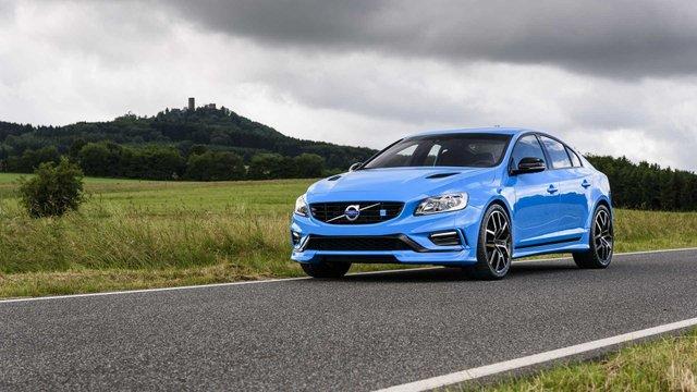 Німецькі тюнери зняли обмеження швидкості з автомобілів Volvo - фото 430743