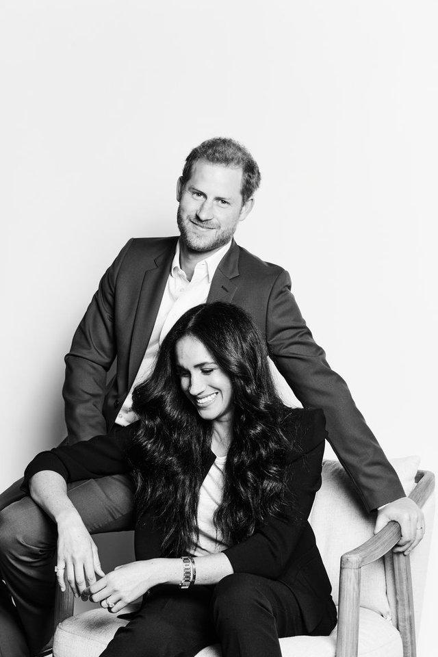 Меган Маркл і принц Гаррі показали свій новий офіційний портрет - фото 430749