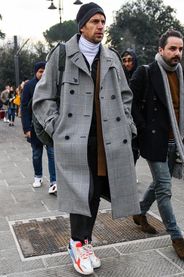 З чим носити чоловіче пальто: 10 стильних образів у фото - фото 430813