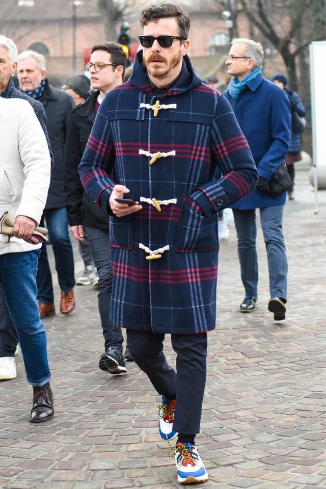 З чим носити чоловіче пальто: 10 стильних образів у фото - фото 430814
