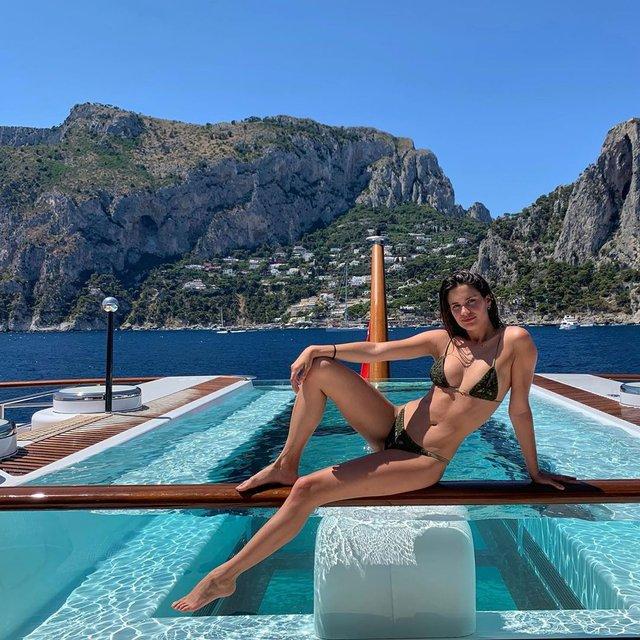 Дівчина тижня: гаряча красуня Сара Сампайо – той самий ангел з реклами Axe Effect (18+) - фото 431856