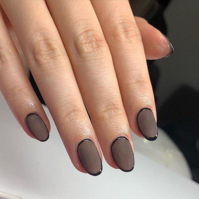Манікюр на Хеловін 2020: модні тренди дизайну нігтів у фото - фото 432536