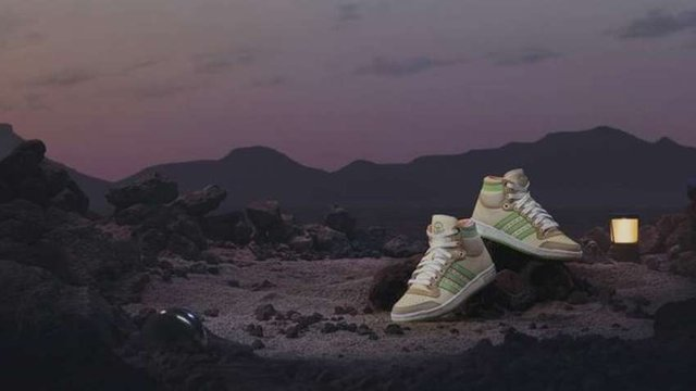 Adidas присвятили нові кросівки малюкові Йоді - фото 432560